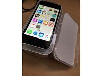 Apple iPhone 5C 16GB in WHITE unlocked