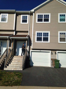 3bdr+3.5 bath for rent in Halifax (off herring cove rd)