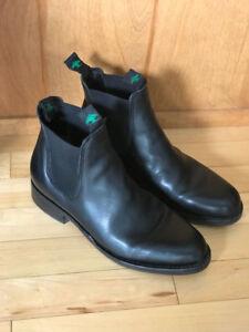 MEN'S BOOTS - BLACK LEATHER - Size 10.5 - 11