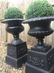 Beautiful Pair Solid Cast Iron Trophy Urns Planters / Pedestals