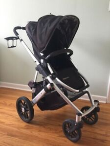 Uppababy Vista stroller with cup holder & car seat adapter