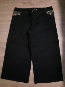 4 paires Pantalons ¾ et chevile / 4 pairs ¾ pants or ankle