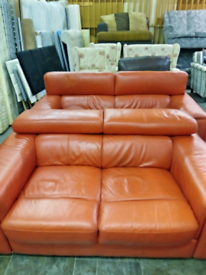 Leather 3/2 suite