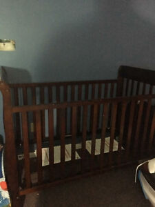 Baby Crib with New Mattress