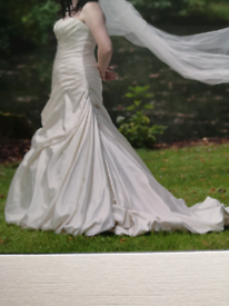 Wedding dress size 12 (could be 10 or 14 as is lace up)