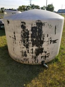 1550 gallon tanks