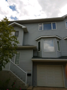Townhouse for rent in Timberlea