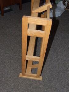 Wooden CD/DVD Rack - $15.00 Belleville Belleville Area image 4