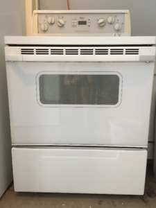 Whirlpool electric stove with oven in good working condition!
