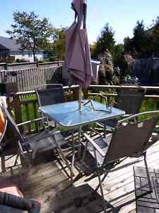 Patio Set for 4 $45 London Ontario image 1