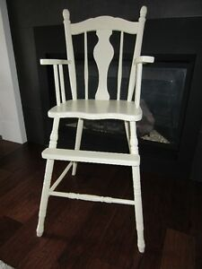 Wood Highchair Kawartha Lakes Peterborough Area image 1