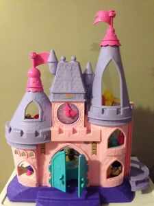 Chateau Fisher Price Princesses