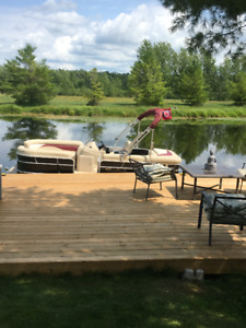 Waterfront Cottage/Mobile Home for Sale