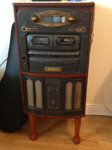 CD Player, Radio, Cassette Player, Turntable, old fashioned look