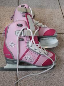 Paire de patin Ccm pour fille, paire de patin pour adolescent