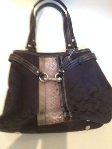 Like new authentic coach purse