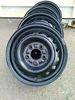 "Hyundai Tiburon (02-08) 14"" steel wheels"