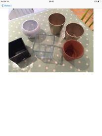 Vases / pots