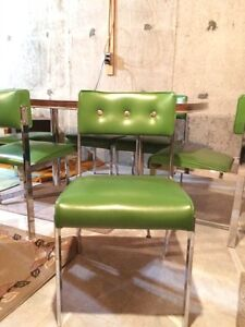 Retro kitchen table and 6 chairs