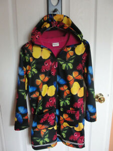 Girls rain jacket size 10-12, like new.