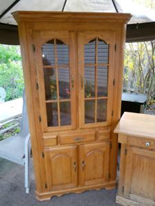 Golden Oak kitchen Set