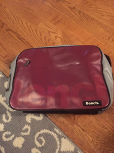 Authentic Bench messenger bag