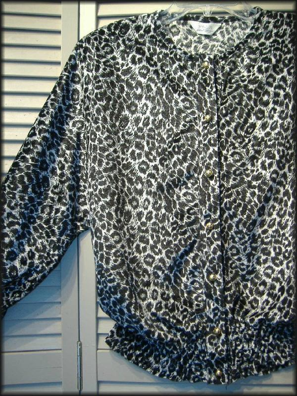 "HDLD Black & Silver Animal Print Blouson Blouse (L) 36"" - 40"" bust Gold Buttons"
