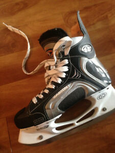 Easton Hockey Skates size 5