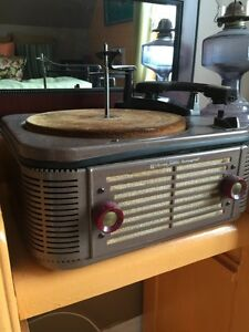 Webcor Jubilee Fonograph Record Player