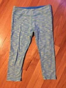 Ivivva 3/4 leggings youth size 14 (fits women size 4)