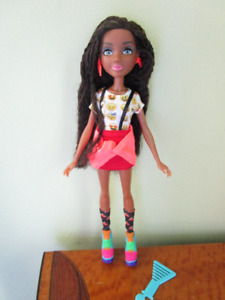 Project Mc2 BRYDEN BANDWETH Doll MGA Complete