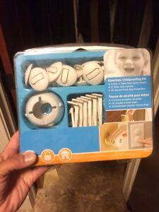 Assorted baby safety pieces Edmonton Edmonton Area image 3