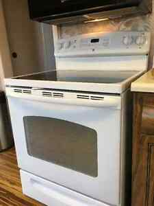 "White GE 30"" Glass-top Self-Cleaning Oven"