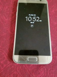 Unlocked Gold Samsung Galaxy S7 for Sale