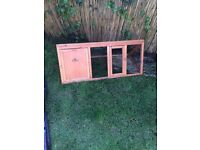 Easipet rabbit/Guinea pig hutch with cover