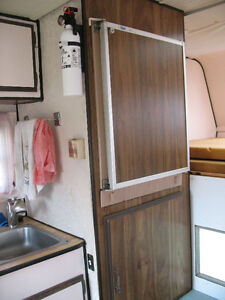 Truck camper for 8 foot pickup box Kitchener / Waterloo Kitchener Area image 6