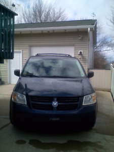 Must sell 2009 Dodge grand caravan