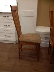 Table, 6 Chairs and Hutch Kitchener / Waterloo Kitchener Area image 6