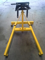 Like New 2000 LB Capacity Engine Stand Never Used