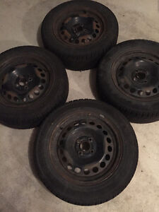 4 Triangle 195/60 R15 summer tires on 15x6J 4x100 rims