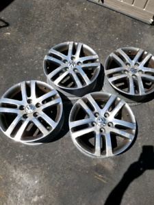 4 RIMS off a Volkswagen ***205/55R16***