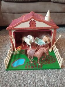 Play horse set, 3 horses, stable, accessories