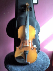 Buy and Sell>Musical Instruments> string