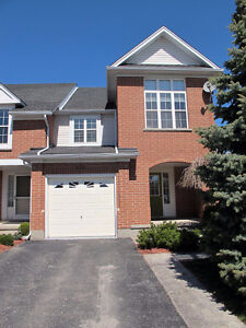 Beautiful TownHome in Laurelwood Backing to Rare Pond and forest