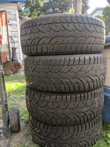 4 directional winter tires. 235/55R18