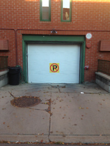 Stationnement intérieur chauffé / heated interior parking