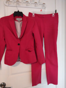 H&M Women's Pant Suit $40