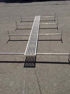 Great deal! Aubaine! Aluminium roof rack with catwalk and ladder