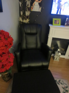 Elran Electric Recliner - Excellent Condition