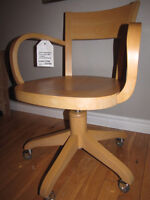 Made in Italy solid beechwood office chair-hydraulic lift seat